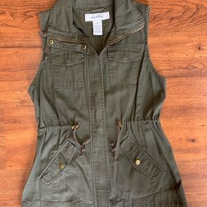 Sebby olive green vest. Size small